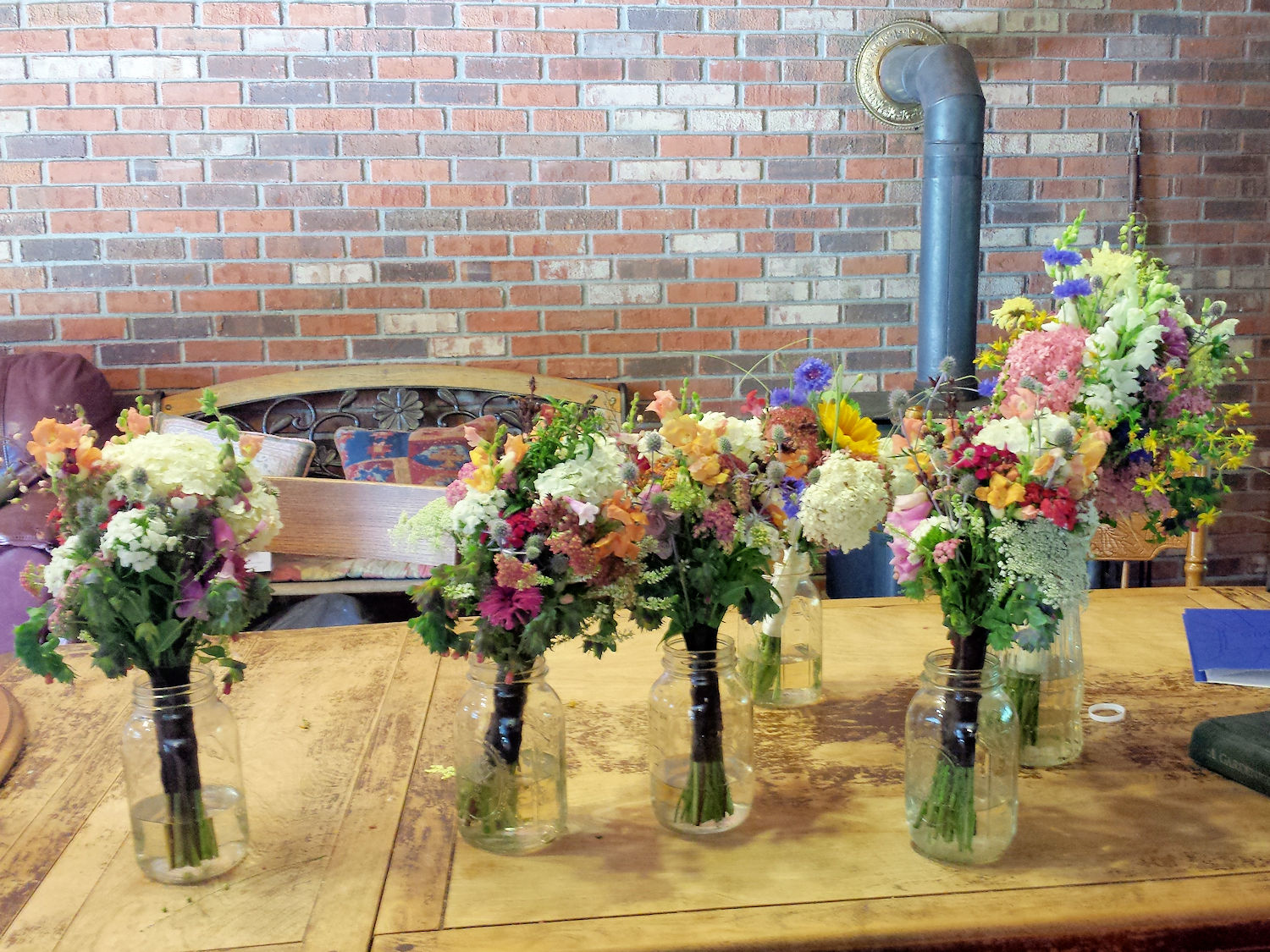 Bouquets for the bride and her bridesmaids.